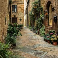 Courtyard in Pienza, Italy