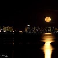 full moon rising of Sarasota Bay