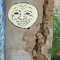 moon face graffiti art